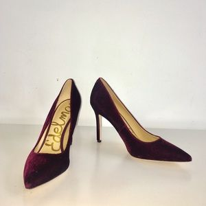 Sam Edelman velvet sangria heel pointed toe pump